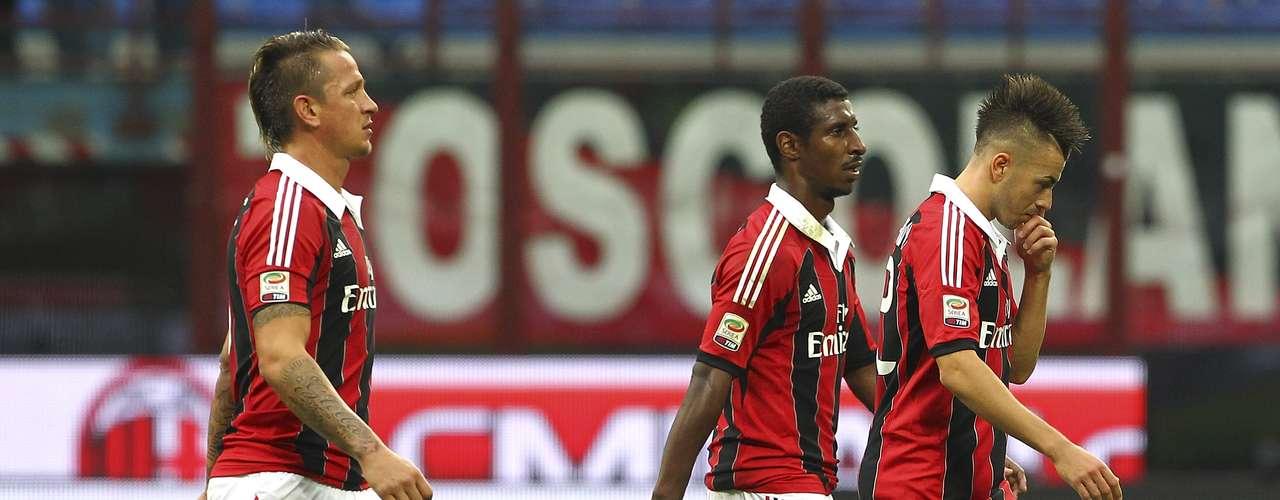 sábado 17 de noviembre - Milan visita al Napoli con la presión de ganar para salir de la mala racha