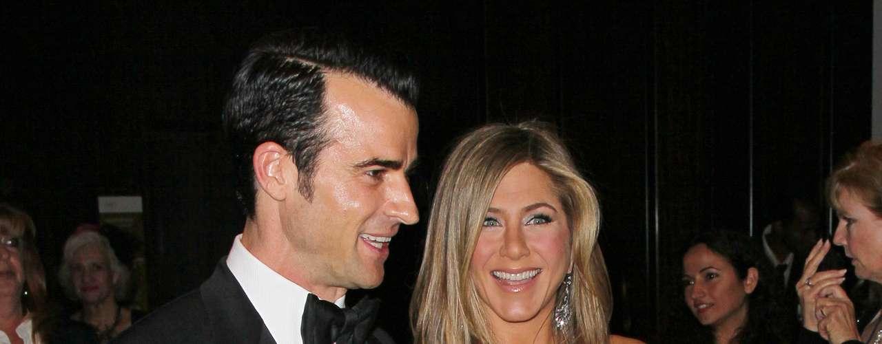 Los tortolitos se vieron muy enamorados durante la entrega de un premio especial al actor Ben Stiller en Beverly Hills.