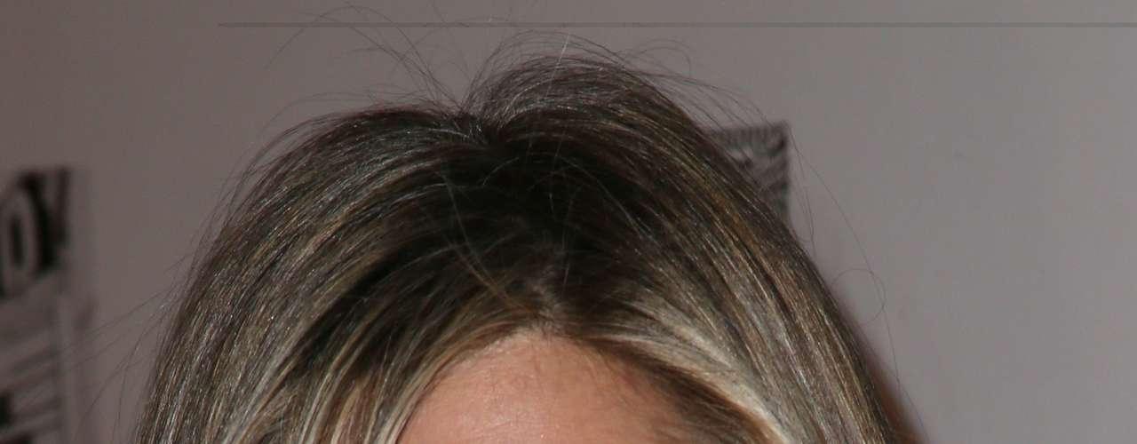 Jennifer Aniston asistió con su look característico.
