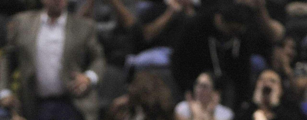 NY Knicks vs. Spurs: Tyson Chandler celebra su enceste. Los Knicks de Nueva York remontaron una desventaja de 12 puntos para vencer 104-100 a los Spurs de San Antonio.