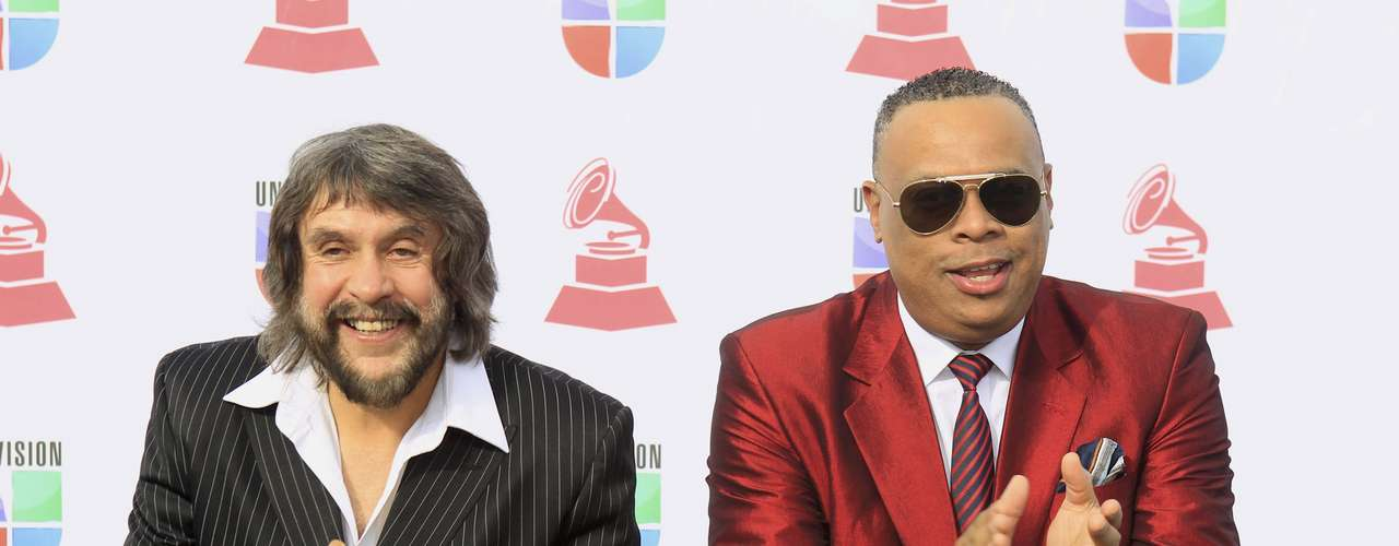 Musicians Eddie Navia (L) and Chuchito Valdes arrive for the 13th Latin Grammy Awards in Las Vegas, Nevada, November 15, 2012.