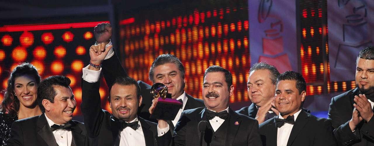 Los Tucanes de Tijuana celebran el galardon al Mejor Álbum Norteño por el disco \
