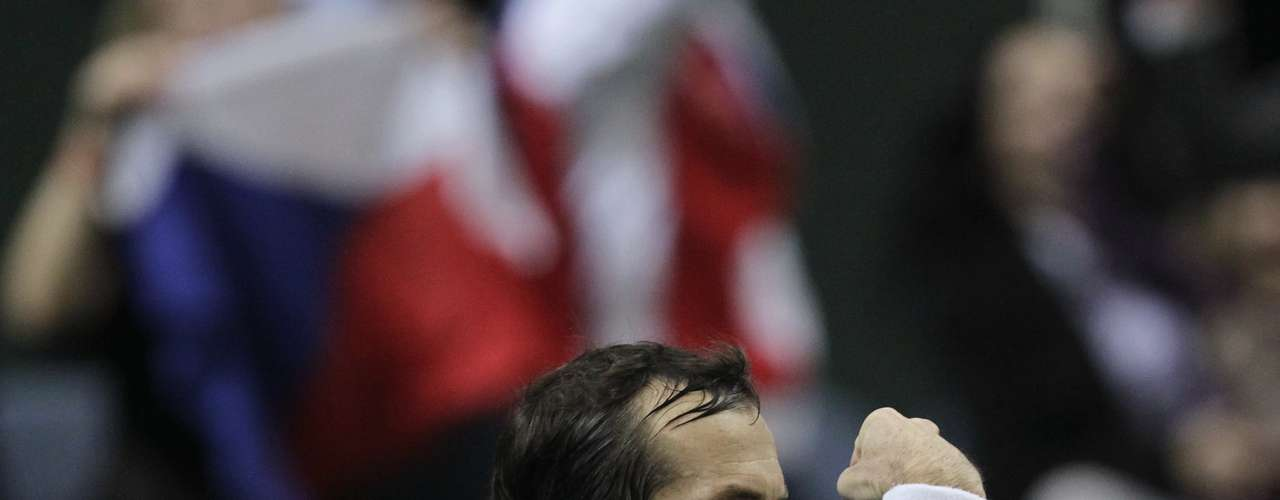 Czech Republic's Radek Stepanek reacts during their Davis Cup tennis tournament final match against Spain's Nicolas Almagro in Prague November 18, 2012.