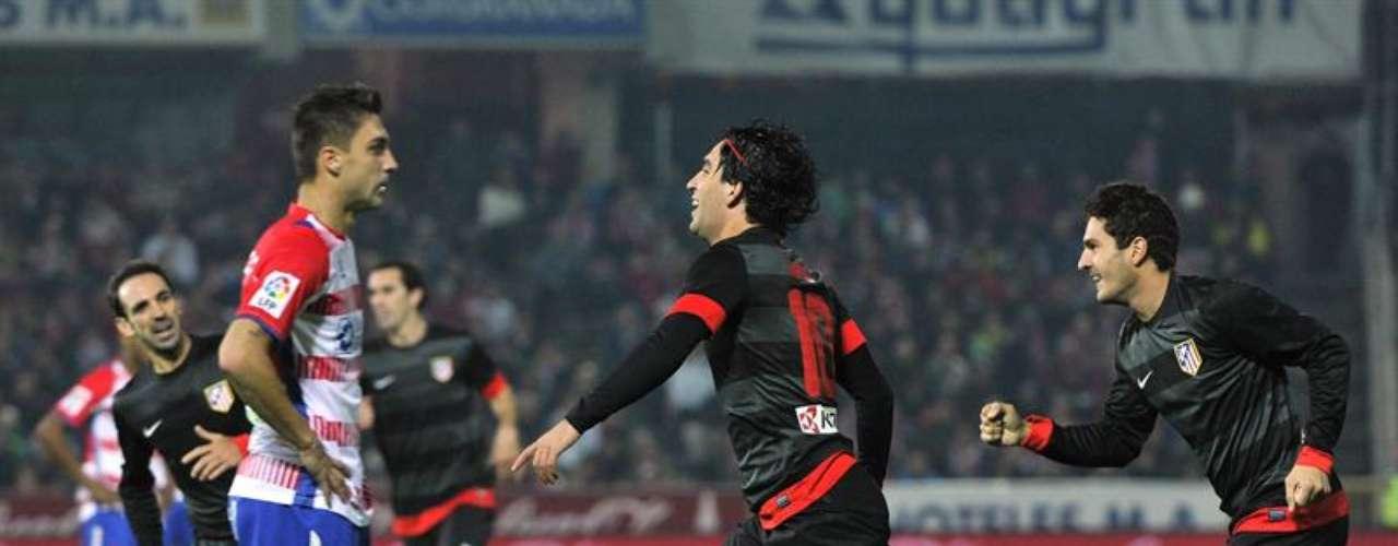 El turco logró su cuarto gol de la temporada.