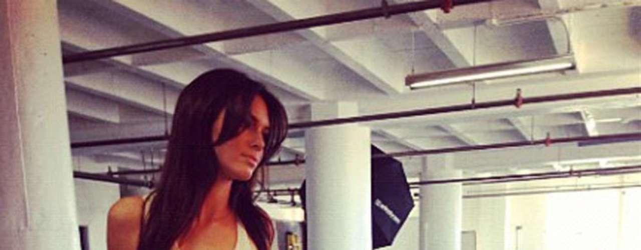 El cuerpo delgado de Kendall Jennfer enciende celos de Kim, pues ella sufre para poder perder peso.