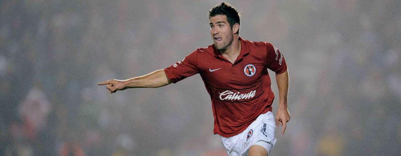 Defensa Central - Gregory Garza - Tijuana. El estadounidense entró de cambio en el juego de Ida y anotó el gol del triunfo ante Rayados