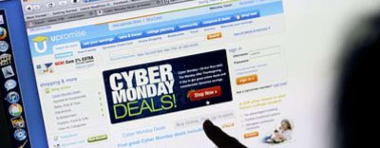 En su sexto aniversario, Cyber Monday atrae a millones de personas que esperan esta fecha para hacer sus compras navideñas, en especial artículos de lujo, electrónicos y joyas