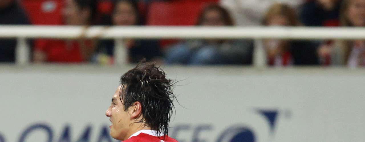 Medio de contención - Antonio Ríos - Toluca. El jugador de los Diablos abrió el marcador en la Ida para encaminar a su equipo al triunfo sobre Chivas