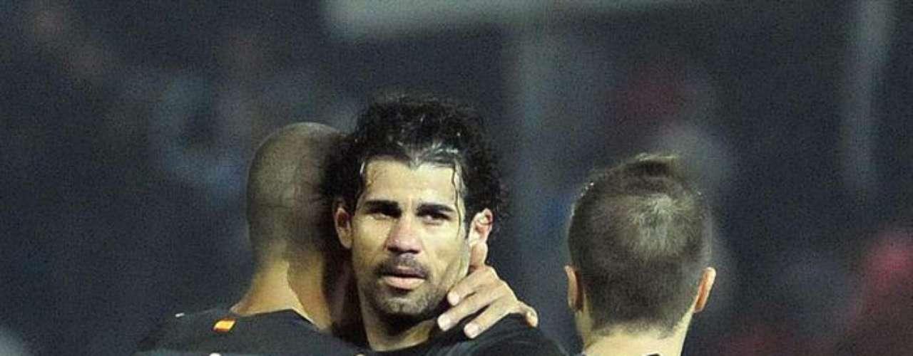 Atlético de Madrid sacó una inmerecida victoria (0-1) en casa del Granada, con la que llegó a 31 unidades.