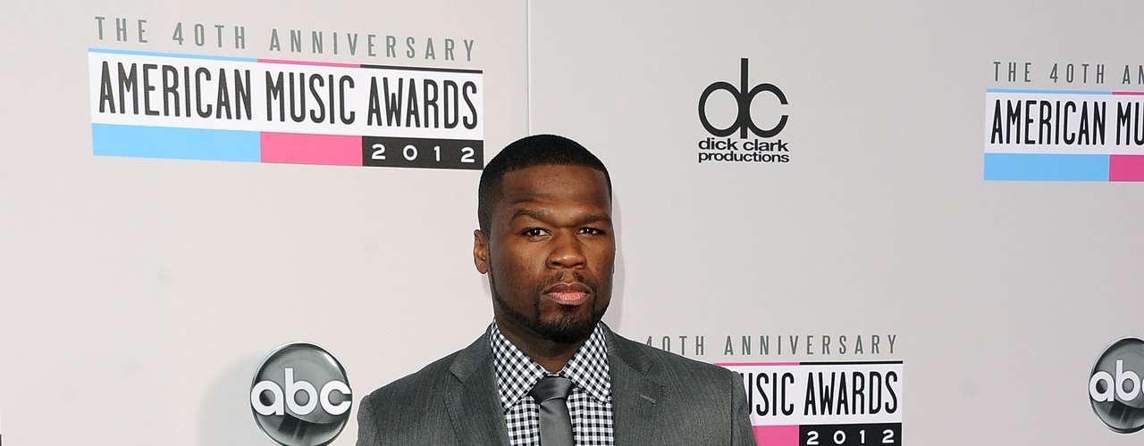MEJOR: 50 Cent nos sorprendió con un look bastante recatado. Dejo atrás el \