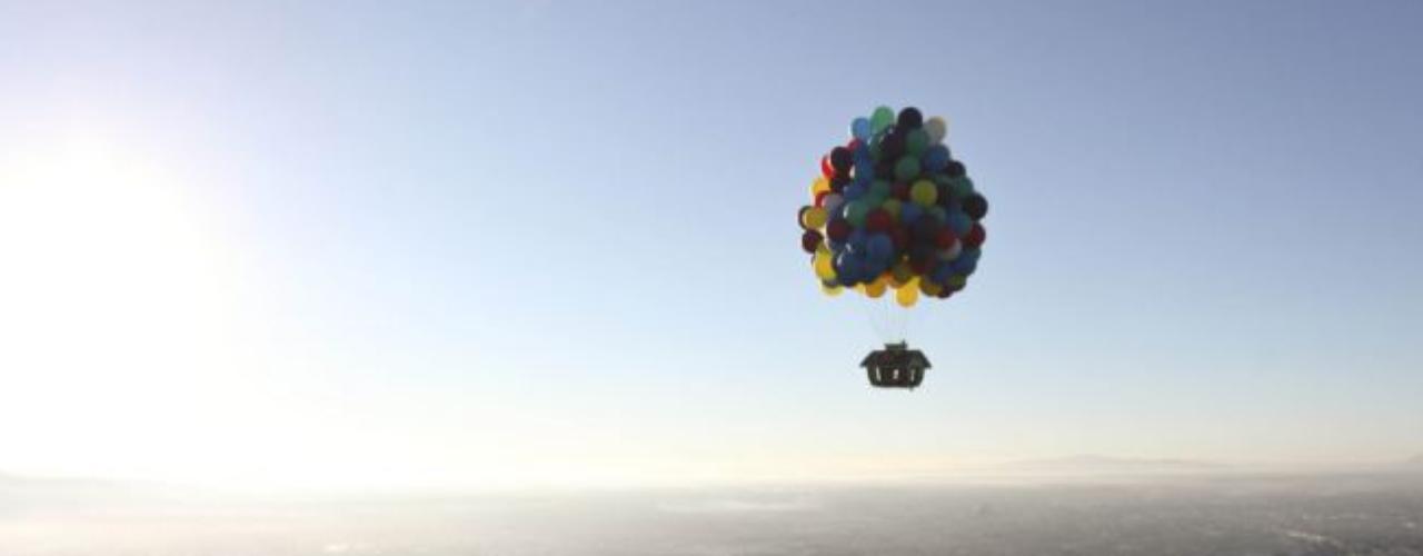El intrépido viajero ha lanzado una página web donde espera congregar a auspiciadores que lo apoyen en su aventura: http://www.indiegogo.com/upacrosstheatlantic.