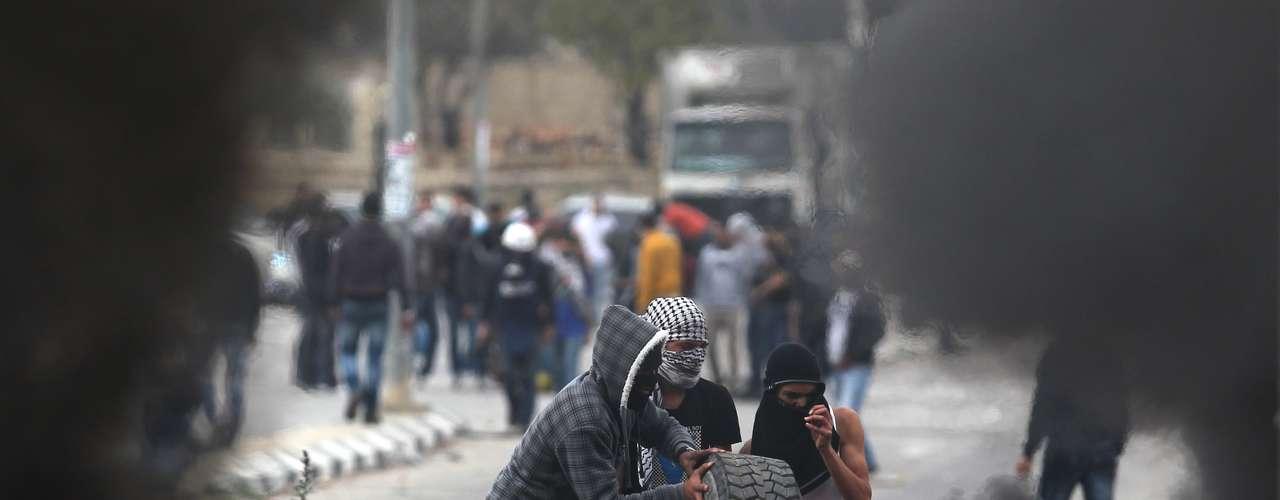 Los mediadores egipcios están inmersos en una \