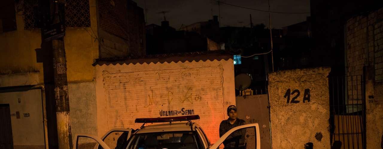 Con estas víctimas se eleva a diez la cifra de muertos en tiroteos y enfrentamientos con las fuerzas de seguridad registrados en Sao Paulo y su área metropolitana desde la noche del viernes.
