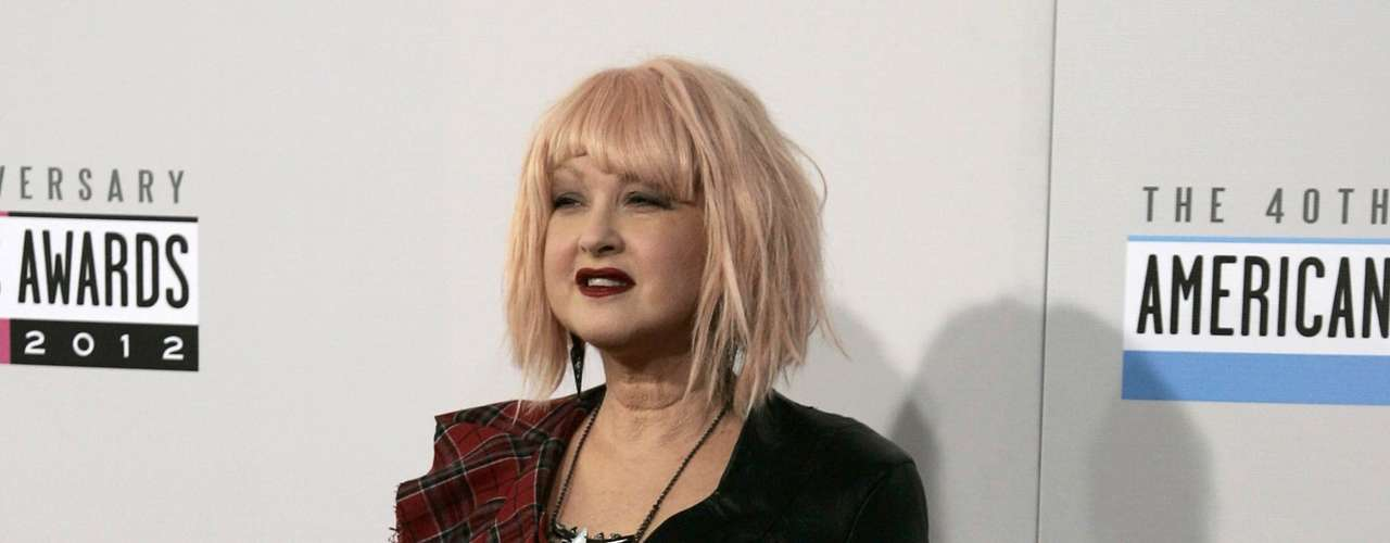 Pop star Cyndi Lauper arrives at the 40th American Music Awards in Los Angeles, California November 18, 2012.