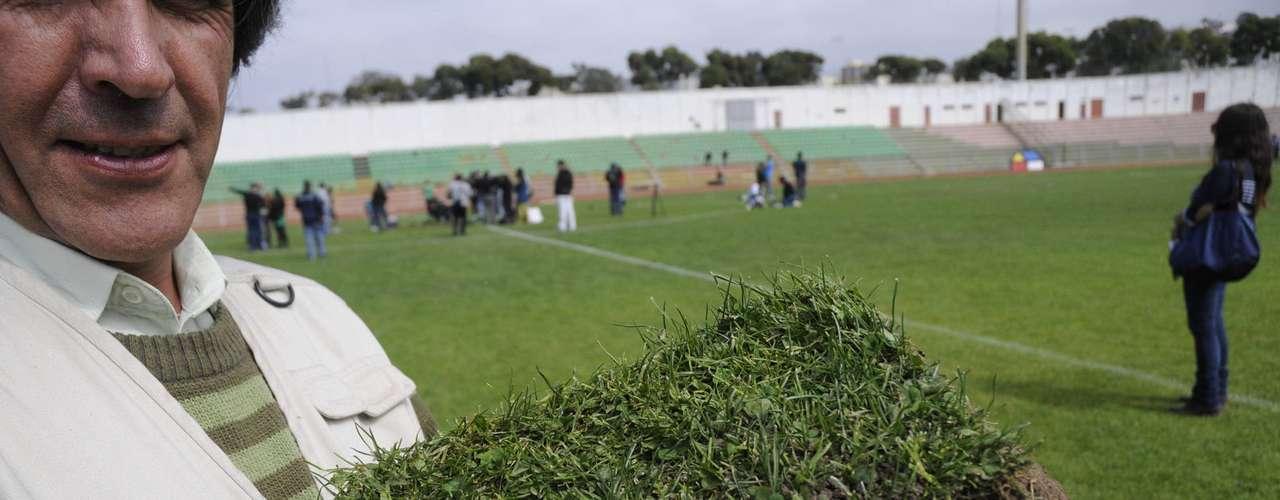 Un grupo de fanáticos del club porteño concurrió al estadio Elías Figueroa para llevar un pedazo de pasto antes de la demolición total del recinto por remodelación. Todos se fueron felices de una cancha histórica para el fútbol chileno. El orden predominó en la Quinta Región.