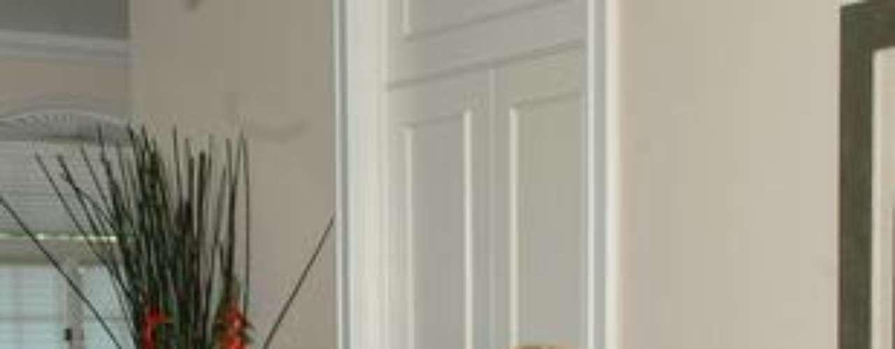 Su personaje fue 'Margarita Villaseñor' en este melodrama de Televisa hecho en 1991 y que fue protagonizado por Cecilia Tijerina, Tiaré Scanda, Emma Laura y Kate del Castillo, y que tuvo como antagonista a Alejandro Camacho.Angelique Boyer y David Zepeda: ¡Cuerpazos en bikini!Actrices de novela: ¿De quién es esta gran 'pechonalidad'?Angelique Boyer y David Zepeda: ¡Cuerpazos en bikini!Estrellas de novela que se han desnudado en Playboy