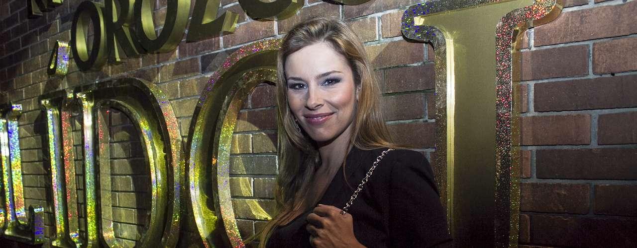 Ángela Vergara llegó desde muy temprano para acompañar a los actores que harán parte de la producción.