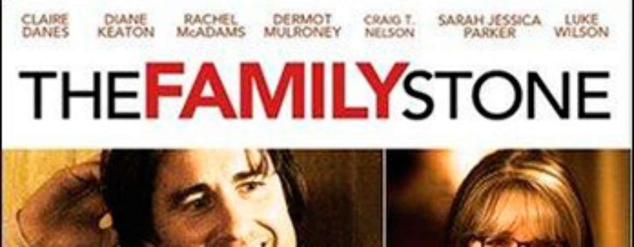 ROMÁNTICAS: The Family Stone-La joya de la familia, 2005. La familia Stone cumple la tradición de reunirse durante la navidad. Un hecho que terminará por revelar los dramas y amores de los personajes.