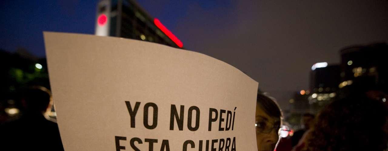 La Cámara Minera Mexicana, que agrupa a las empresas del sector, denunció en su informe anual 2012 que la inseguridad es el principal desafío que enfrentan estos trabajadores.