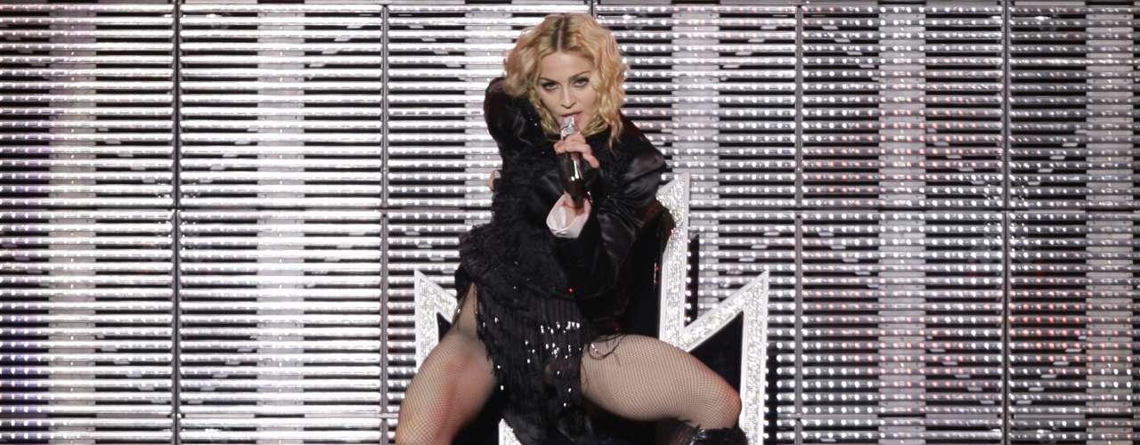 Previo a su último concierto en Córdoba, Argentina, Madonna visitará Santiago de Chile, ciudad que visitó por primera vez en 2008 con su gira, 'Sticky and Sweet'.