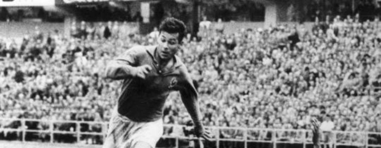 13: Just Fontaine had his career cut short due to a broken leg, but not before setting the record with 13 goals in a World Cup. Mind you, the highest career World Cup scorer in history is Ronaldo with 15 in three World Cups.