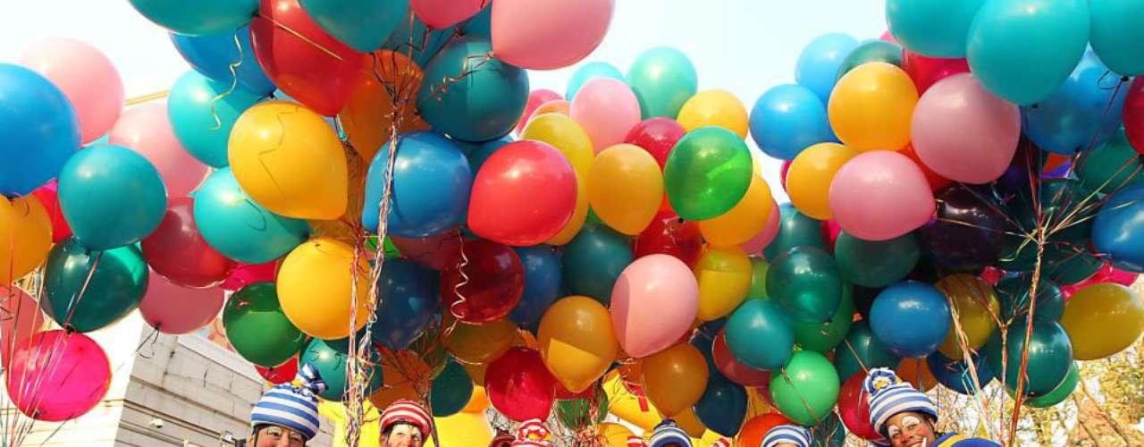 Feliz de estar allí: Alrededor de 800 payasos participarán en el desfile, que ha cambiado su ruta este año