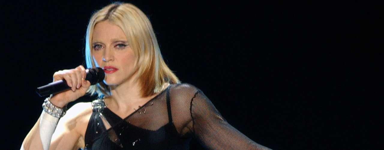 El 'Drowned World Tour' tuvo vida en 1991 y le heredó a la cantante ganancias de más de 110 millones de dólares. Retomó los escenarios después de 8 años de ausencia por enfocarse en otros proyectos.