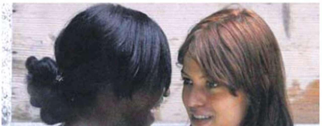 Barwuah llegó a los titulares en Inglaterra y en Italia después de haberse bañado con Sara Tomassi, ex novia de Ballotelli.
