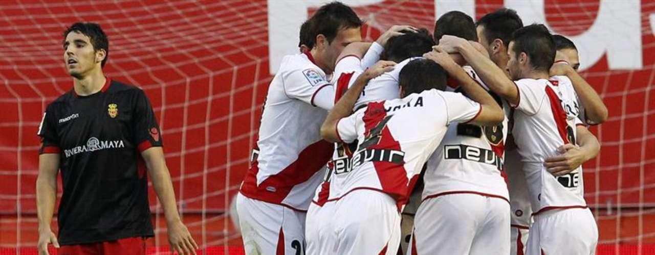 Rayo Vallecano hizo valer su condición de local y le pegó 2-0 a un limitado Mallorca.