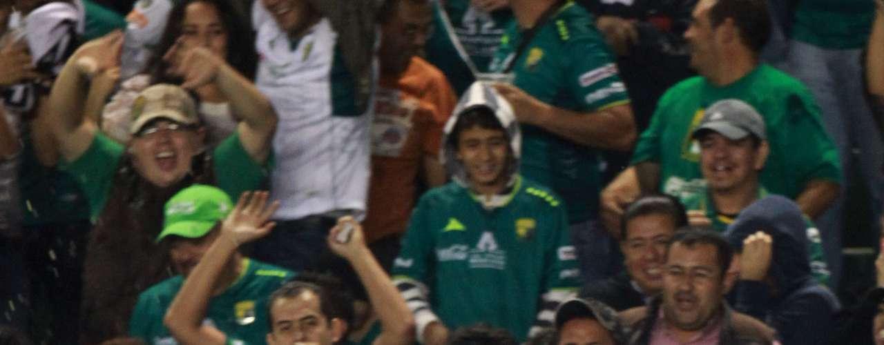 Medio de contención - Juan Carlos Peña - León. El 'Guillit' fue el mejor jugador de los Panzas Verdes en la semifinal, marcó un gol y puso el pase para otro
