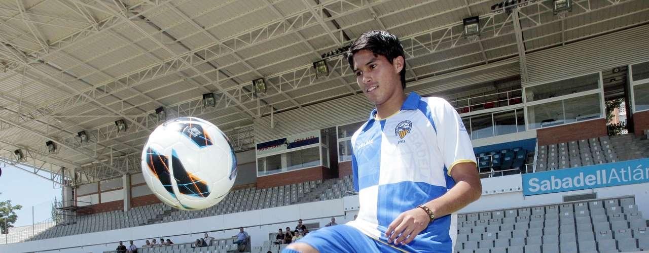 Ulises Dávila fue titular en el empate 1-1 entre Sabadell y Mirandés; el mexicano no hizo mucho.
