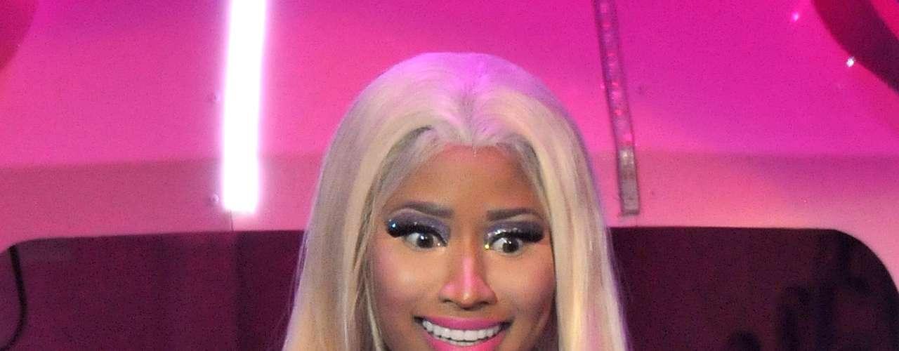 Nicki Minaj a veces da la impresión de que va a 'explotar' de tan buenas que tiene las curvas de su cuerpo