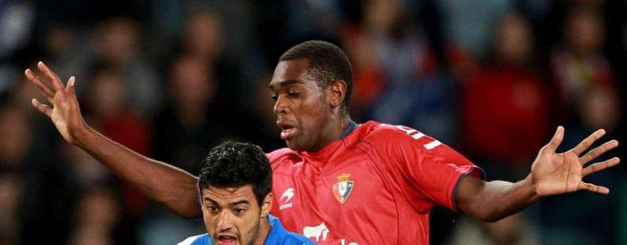 Carlos Vela no lució con la Real, que igualó 0-0 ante Osasuna.