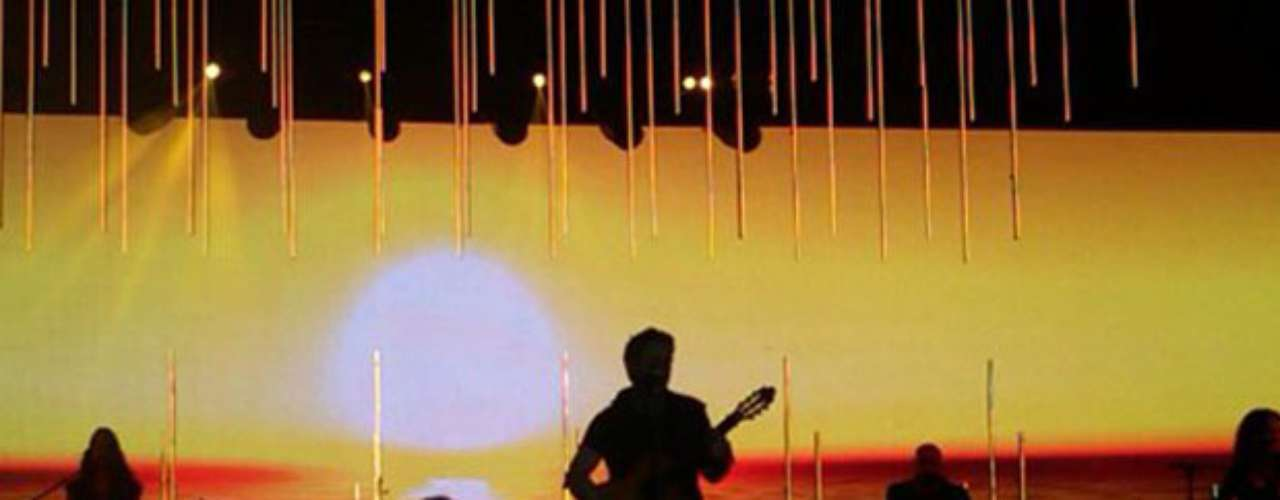Alejandro Sanz deleita al público con lo mejor de su música en un show realizado en Cancún, México.