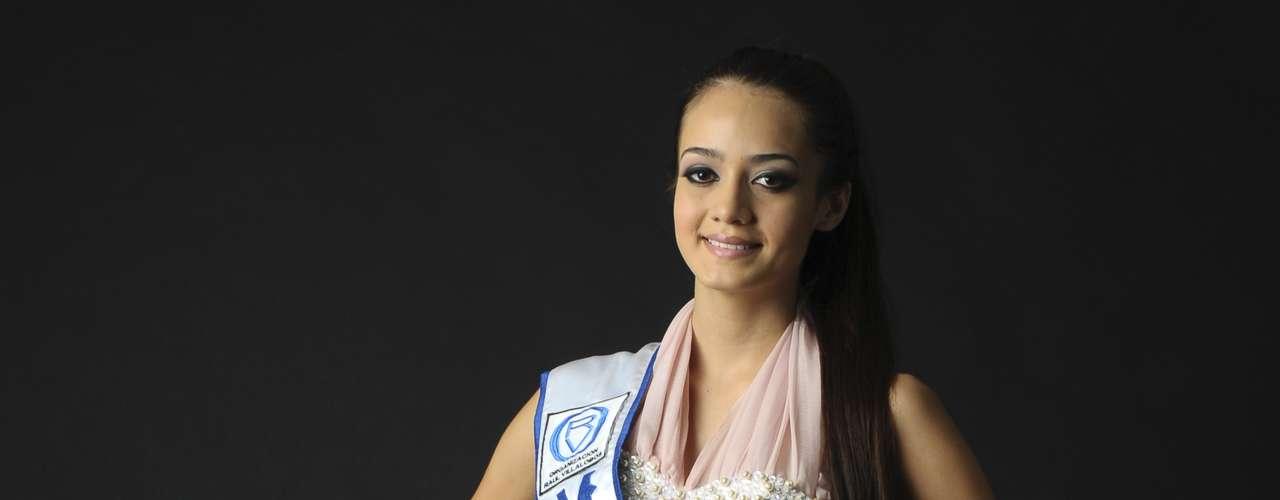 Ella fue una de las candidatas a Nuestra Belleza Sinaloa, María Susana Flores Gámez, quien en dicho certamen obtuvo el título de Mujer Sinaloa del 2012.