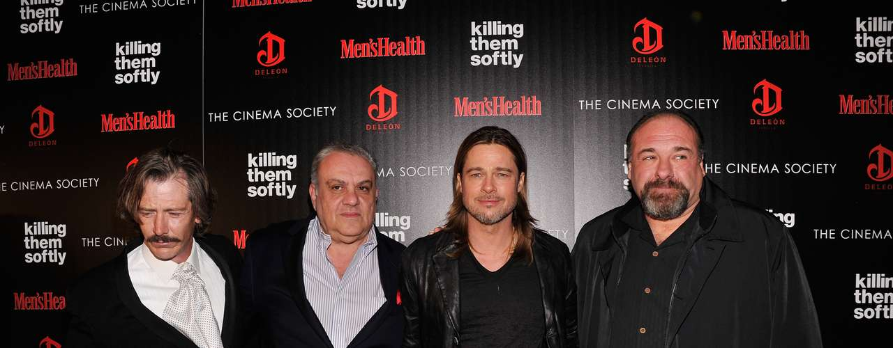 Con un look más rebelde y un poco desaliñado, Brad Pitt asistió a la presentación de la película 'Killing Them Softly' organizada por The Weinstein Company en Nueva York. No importa, aún así, Brad se ve ¡guapísimo!
