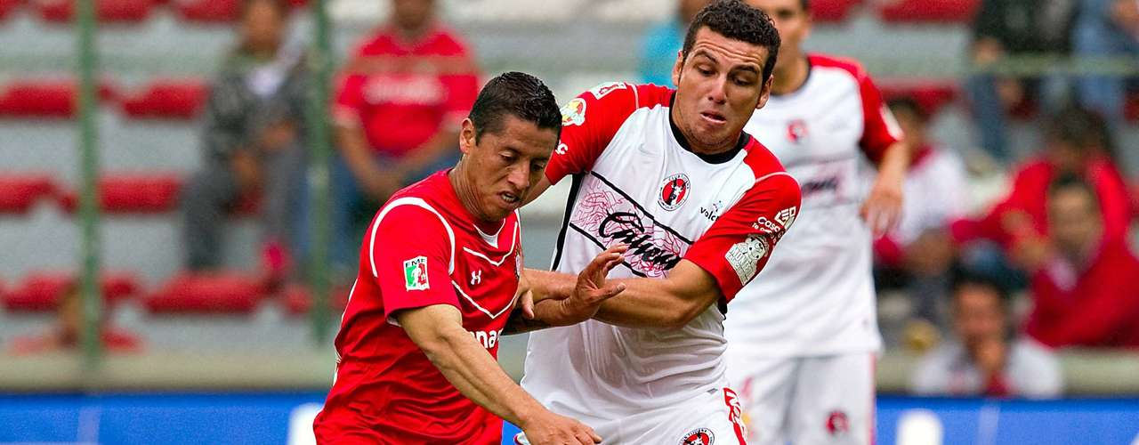 El primer enfrentamiento entre Toluca y Tijuana fue en la jornada 8 del torneo Apertura 2011 y terminó empatado 1-1 con goles de Iván Alonso y José Sand. En una serie que domina Xolos con un triunfo y dos empates.