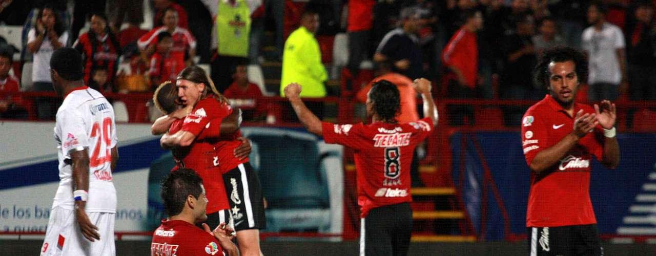 El festejo del gol causó mucha polémica durante la semana, porque el árbitro José Alfredo Peñaloza primero expulsó a Fidel Martínez por simular dispararle con la mano a Duvier Riascos, quien fingió estar muerto, pero después el silbante se retractó y le quitó la tarjeta roja al Neymar ecuatoriano.