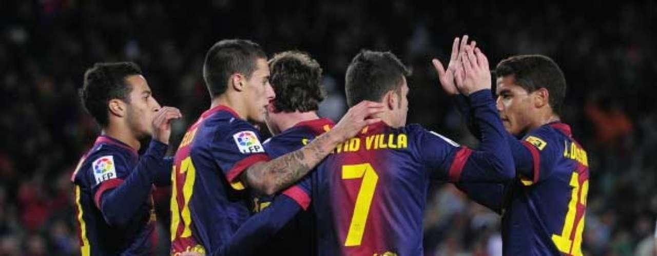 El Barcelona celebra la vuelta al gol de David Villa