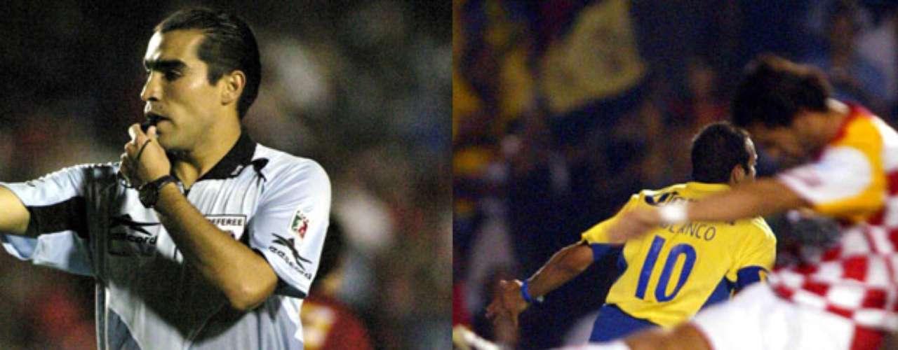 América y Tecos disputaron la final del Clausura 2005. En el juego de ida la Autónoma de Guadalajara ganaba 1-0, pero a pocos minutos del final un penal dudoso, fue convertido por Cuauhtémoc Blanco para decretar la igualada. Marco Rodríguez pitó el juego.