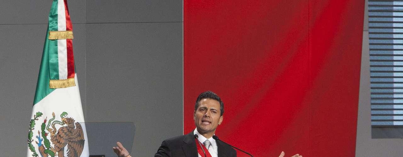 Entre sus anuncios, Peña Nieto dijo que enviará al Congreso un proyecto para asegurar la \