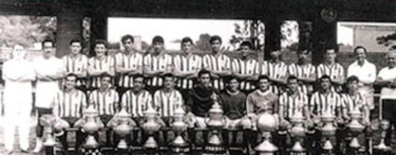 1969-70: Chivas