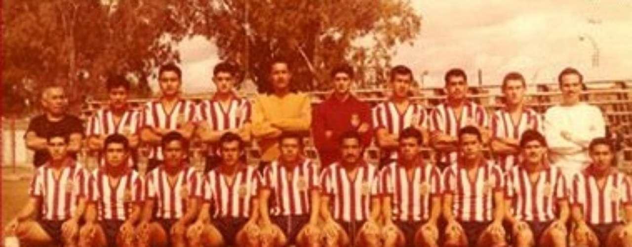 1963-64: Chivas