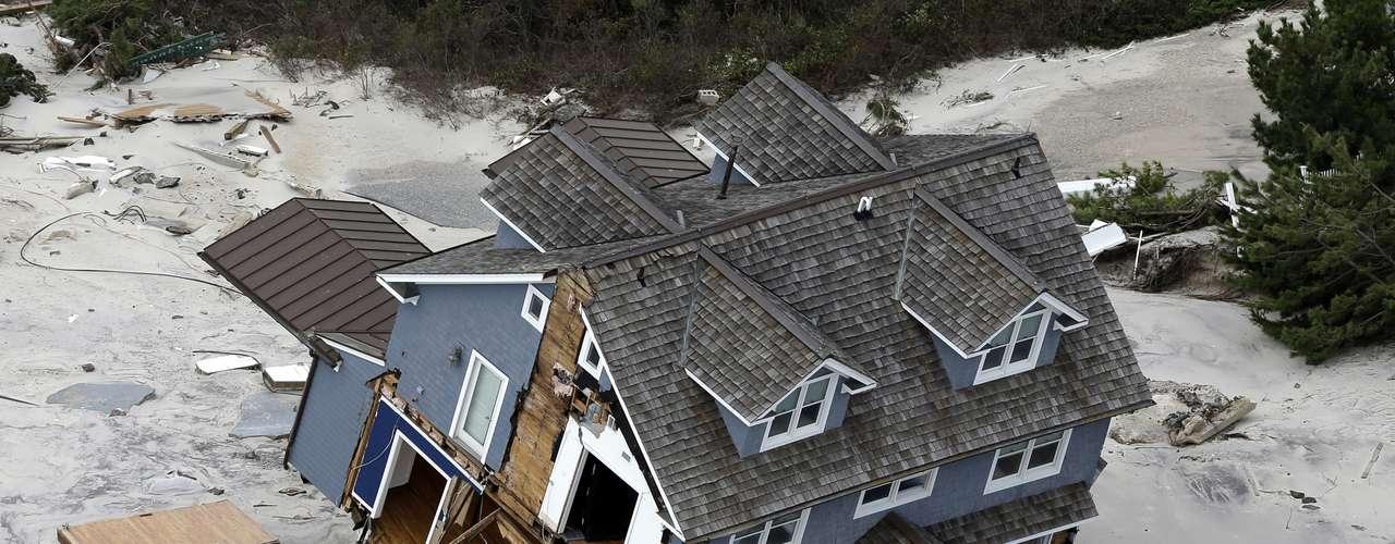 Autoridades de la ONU reconocieron que el huracán Sandy pone de relieve la amenaza global que supone el cambio climático y alertaron sobre la vulnerabilidad cada vez mayor de las áreas de Estados Unidos y el Caribe a la repetición de fenómenos de esa magnitud.