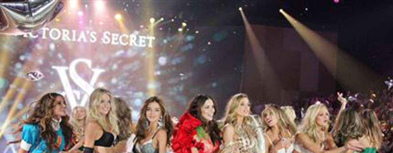 Las modelos más espectaculares y sensuales del mundo fueron las protagonistas de una de las noches más esperadas del año: el Victorias Secret Fashion Show 2012.