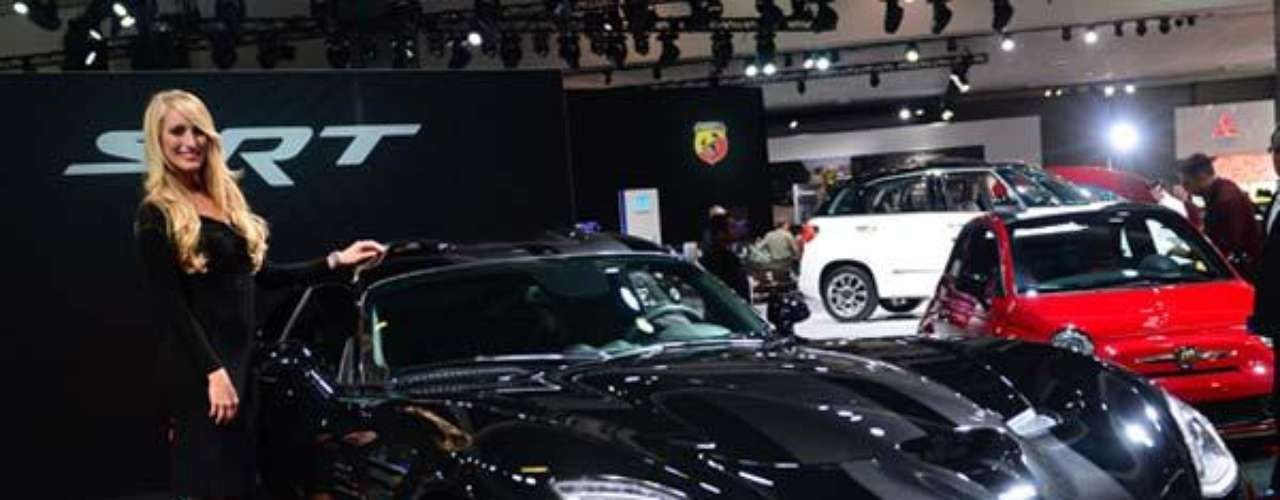 Fotos Las chicas del Auto Show de Los Angeles 2012