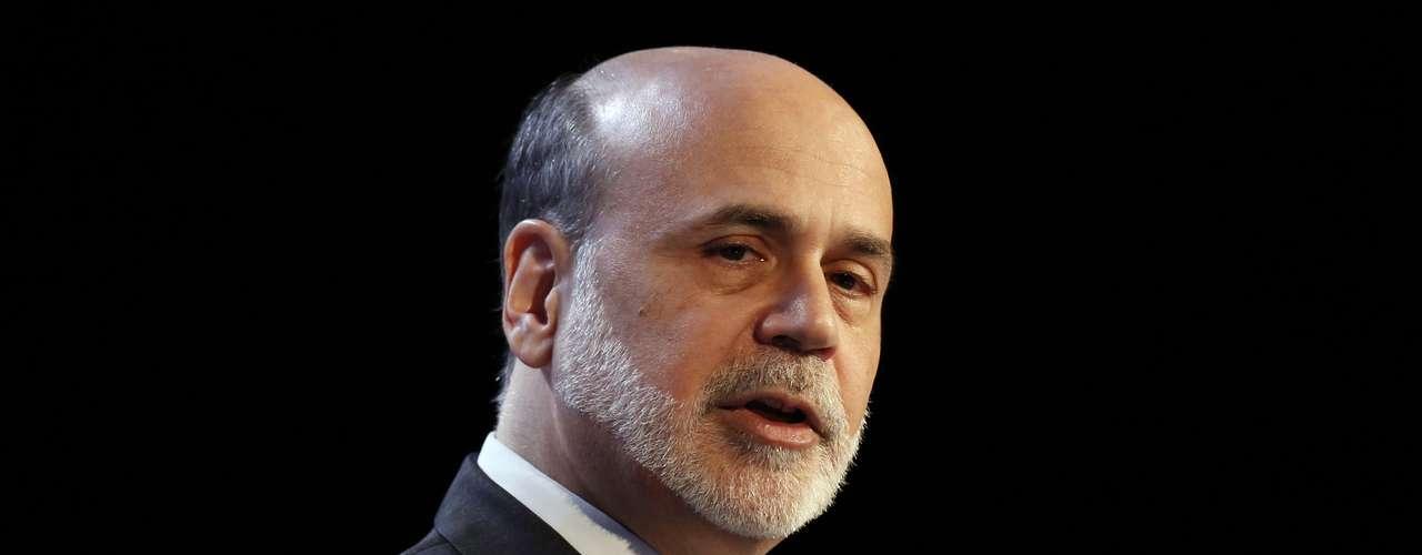 Ben Bernanke, Presidente de la Reserva Federal estadounidense, de nueva cuenta figura en la lista de los hombres poderosos. Bernanke, un republicano que fue nombrado por el expresidente George W. Bush en octubre de 2005 y que sirvió brevemente como presidente del Consejo de Asesores Económicos de Bush. Fue nominado para un segundo mandato por el presidente Barack Obama en 2009, como presidente de la Reserva Federal.