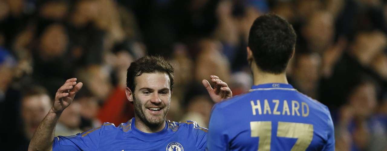 Gary Cahill, el español Juan Manuel Mata (foto), y el brasileño Oscar anotaron los restantes goles del Chelsea para sellar el triunfo por 6-1.