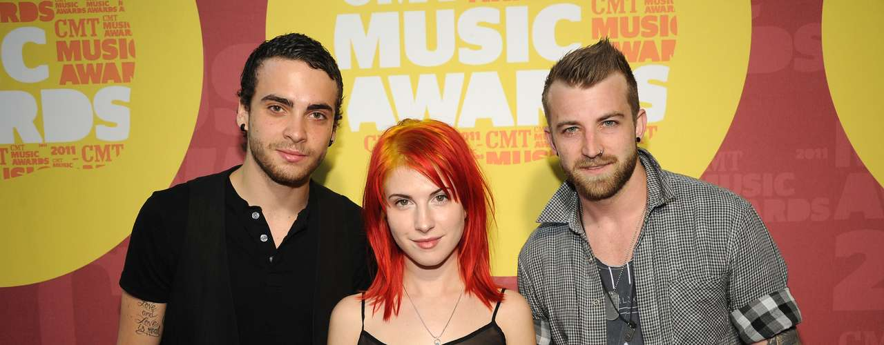 DECEMBER 7 - Paramore have confirmed an April 9th 2013 release for their self-titled upcoming album. This will be the band's first album after guitarist Josh Farro and drummer Zac Farro left the band in 2010.