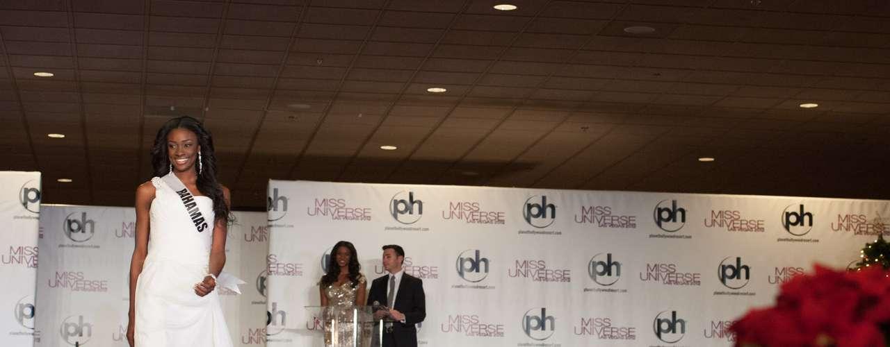Miss Bahamas - Celeste Marshall. Nació en Nassau. Es una modelo que mide 1.81 metros de estatura. Su cabello es negro y sus ojos marrón.